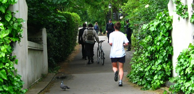 Running in London, over the canal, past policemen and pigeons