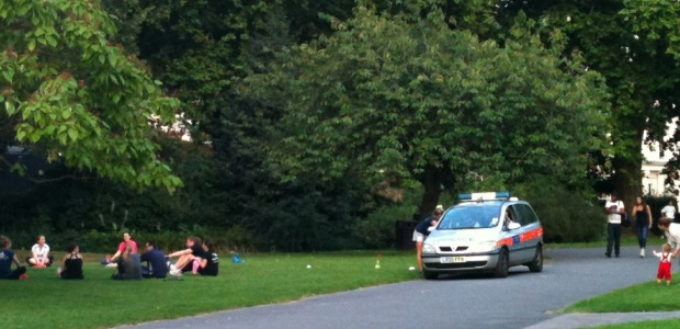 Fitness license being checked by police, in Regent's Park.