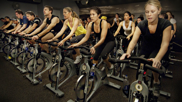 busy gyms affecting employee strategy